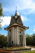 Die Stupa zum Gedenken an die Toten der Killing Fields